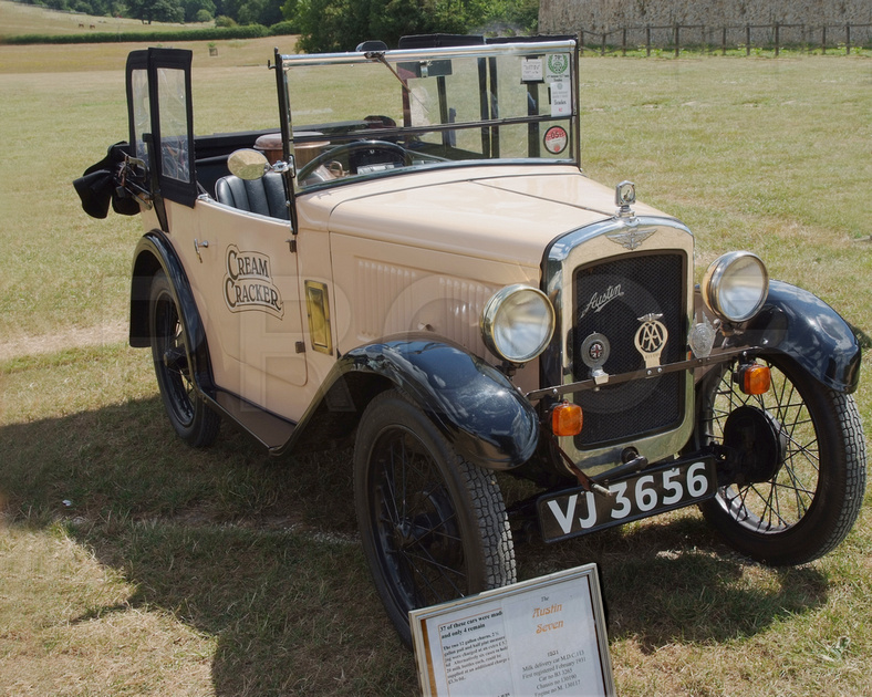 Bonzer photos 750 mc national austin 7 rally 2010 for National motor club phone number